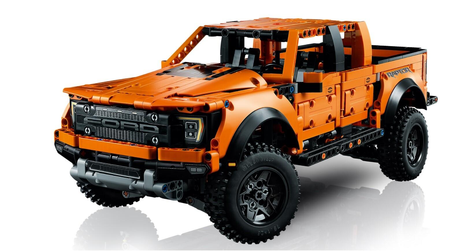 Foto de Ford F-150 Raptor de LEGO (3/7)