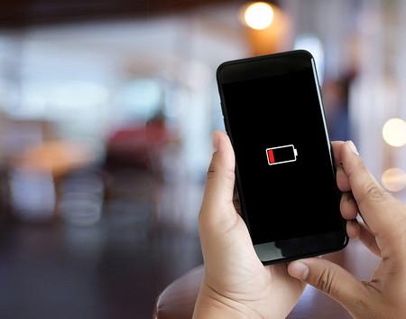 No importa cuanto tiempo te dure la batería del móvil, la autonomía total está en los datos