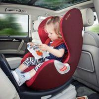 Si tu hijo mide menos de 1,35 metros, deberá viajar en el asiento trasero del coche