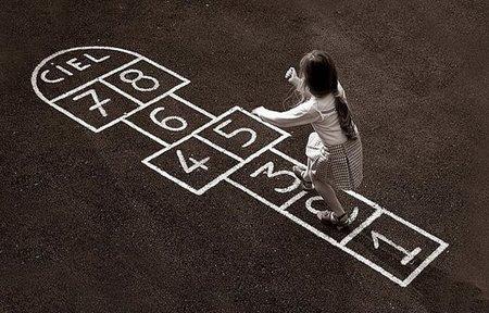 El sabio equilibrio entre juguetes actuales y juegos tradicionales