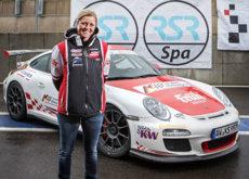 Sabine Schmitz nos enseña como manejar el Nürburring Nordschleife en un Porsche 911 GT3 R