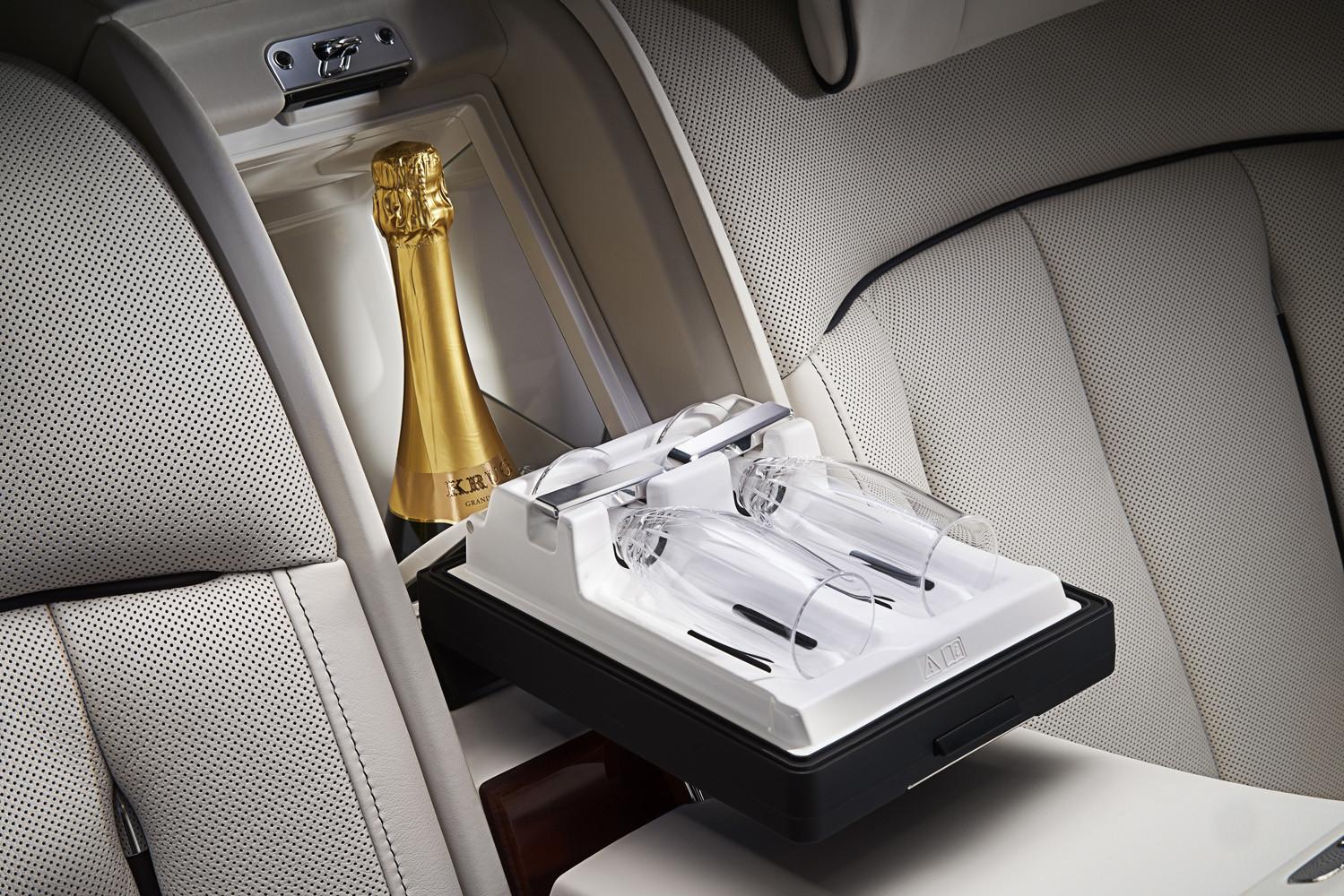 Foto de Rolls-Royce Phantom Privacy Suite (23/42)