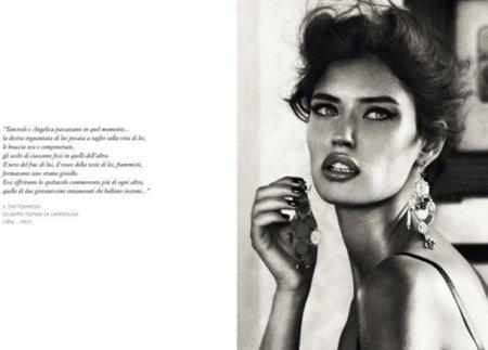 Es gata, con ojos pardos. Es Bianca Balti para Dolce Gabbana Jewelery