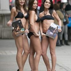 calendario-ryanair-2010-azafatas-en-bikini-con-un-fin-benefico
