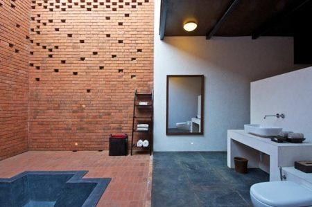 brick-spa