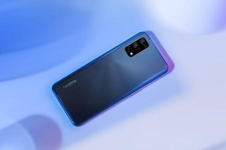 Realme 7 5G: pantalla a 120 Hz, cámara cuádruple y una gran batería en este nuevo móvil 5G económico