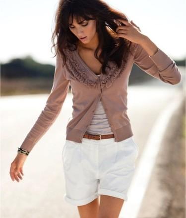 Andi Muise es la nueva imagen de la campaña H&M Primavera-Verano 2011