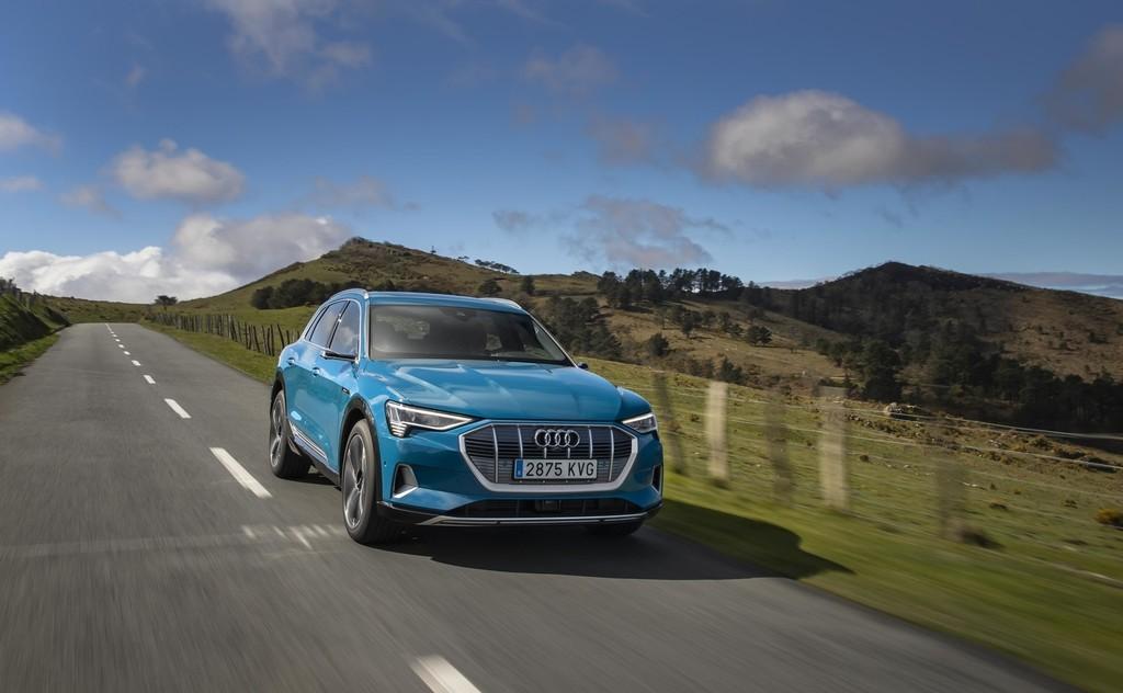 Probamos el Audi e-tron, el sorprendente SUV eléctrico de 408 CV y 400 km de autonomía que revive la revolución quattro de Audi
