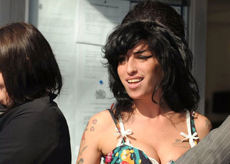 Amy Winehouse se declara inocente
