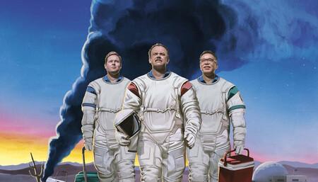 """'Moonbase 8': Movistar+ estrena una estupenda comedia """"feel good"""" que pone todo su peso en su iluso trío protagonista"""