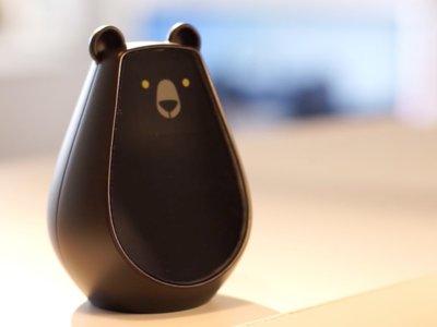 Es un mando universal para la casa conectada, funciona con gestos y sí, parece un tierno oso