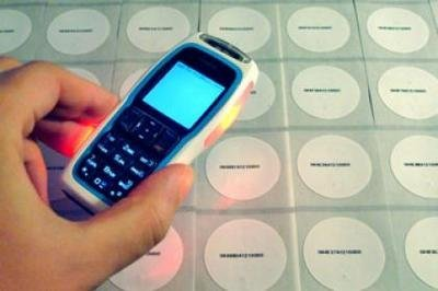 Nokia 3220 NFC con RFID