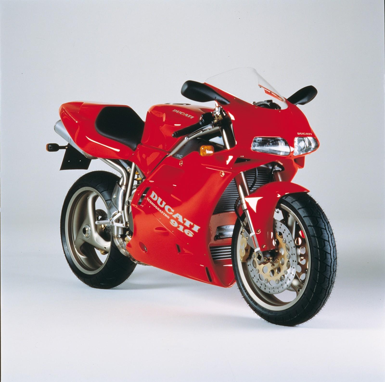 Foto de Ducati Panigale V4 25° Anniversario 916 (50/73)
