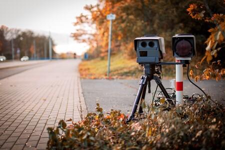 Los nuevos radares de tráfico que cazan a conductores sin carnet ya multan en Navarra