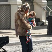 No se puede ser más cool que Sienna Miller y su hija