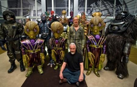 Rick Baker con algunas de las criaturas de Men In Black 3