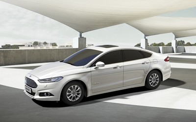 Ford Mondeo 2014: híbrido contra diésel