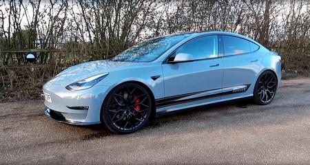 El Tesla Model 3 Performance seguirá siendo un coche eléctrico, pero ahora suena a superdeportivo gracias a este escape falso