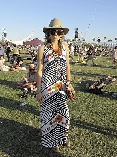 Foto de Los 10 mejores looks de las streetstylers en Coachella: nada que envidiar a las celebrities (8/38)