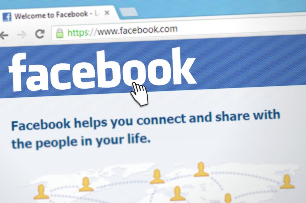 Facebook apuesta por la transparencia y nos permitirá conocer y controlar lo que terceras empresas le comunican sobre nosotros