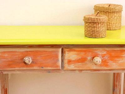 Hazlo tú mismo: Cómo envejecer un mueble con pintura chalk paint