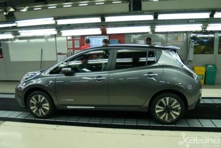 Fabricacion Nissan Leaf 650 11