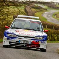 ¡Qué sonido! Sébastien Loeb sacó otra vez de paseo al Peugeot 306 Maxi de 20 años y casi gana a los WRC