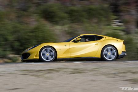 Más de 2.000 deportivos Ferrari tendrán que pasar por el taller por riesgo de incendio en EE.UU.