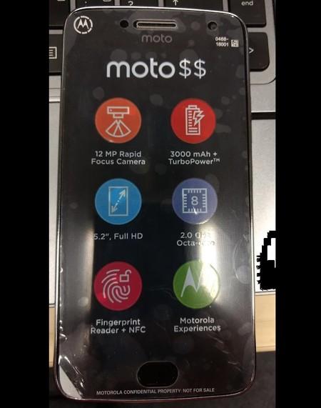 d0763241 El Moto G5 Plus se encoge: tendría pantalla de 5.2
