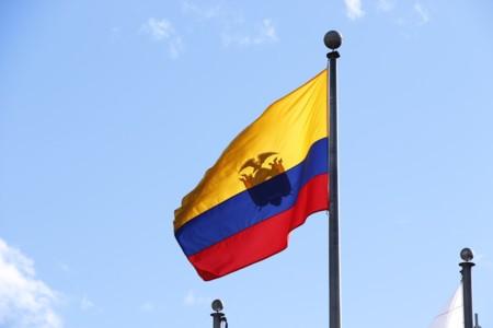 Microsoft y Claro ofrecen llamadas y mensajes gratuitos a los damnificados por el terremoto en Ecuador
