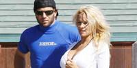 ¡Pamela Anderson preñada!