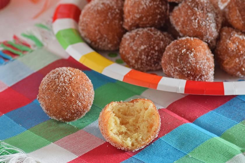 Quarkinis o buñuelos de queso quark. Receta de Carnaval