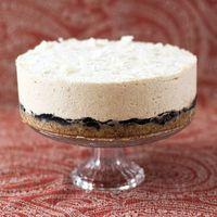 Tarta de coco y anacardos: receta crudivegana para disfrutar de un postre especial