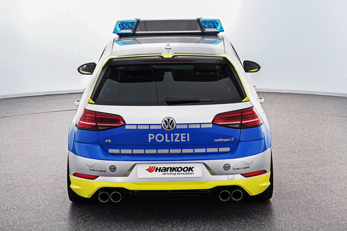 Foto de Polizei Golf creado por Oettinger y Hankook (12/13)