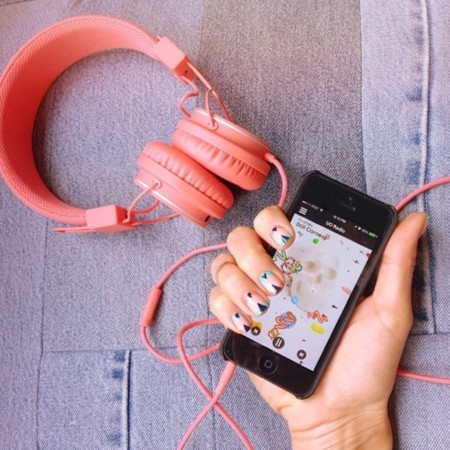 Deja que la música te quite el mal humor. ¡Empieza el fin de semana!