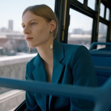 11 trajes de chaqueta y pantalón en las rebajas de Zara que harán del trabajo en 2020 algo mucho más apetecible