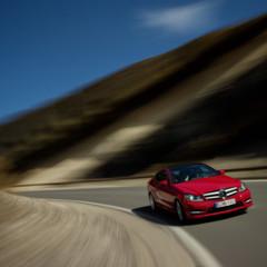 Foto 34 de 41 de la galería mercedes-benz-clase-c-coupe-2011 en Motorpasión