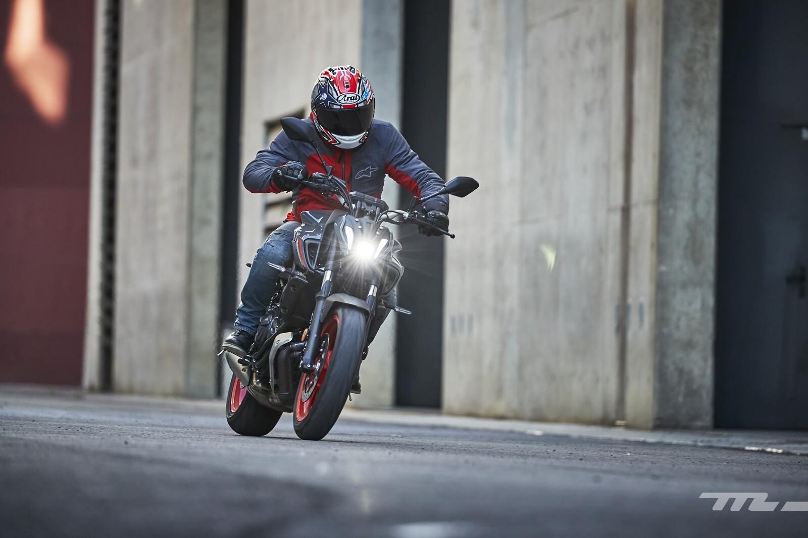 Foto de Yamaha MT-07 2021, prueba (60/75)