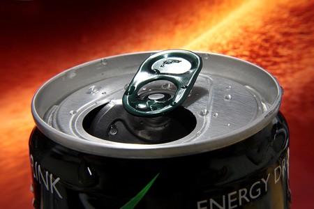 Reino Unido contra la obesidad: el gobierno se plantea que los niños no puedan comprar bebidas energéticas