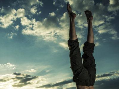Guía Crossfit (LV): Handstand walk o caminata sobre manos