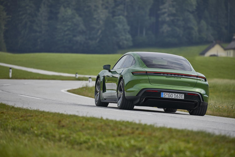 Foto de Porsche Taycan prueba contacto (204/275)