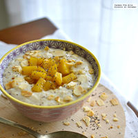 Receta de porridge escocés con mango caramelizado, el desayuno más completo