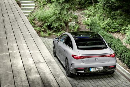 Mercedes-Benz EQE 13