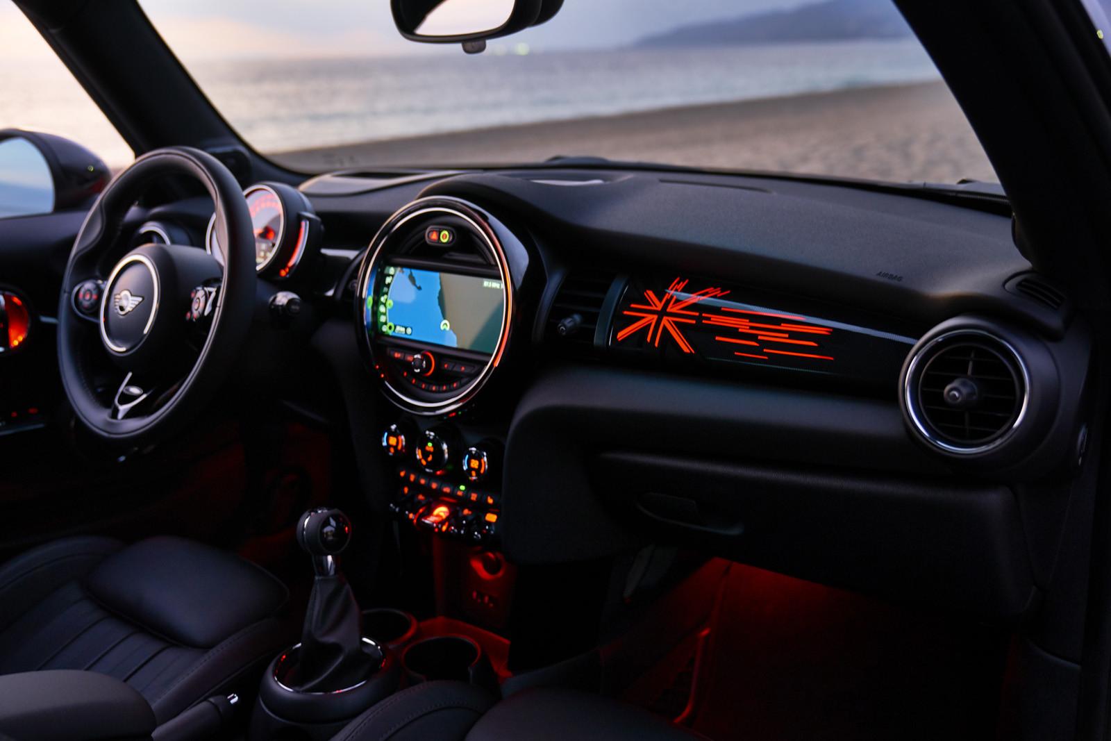 Foto de MINI Cooper S Cabrio 2019 (prueba) (39/61)