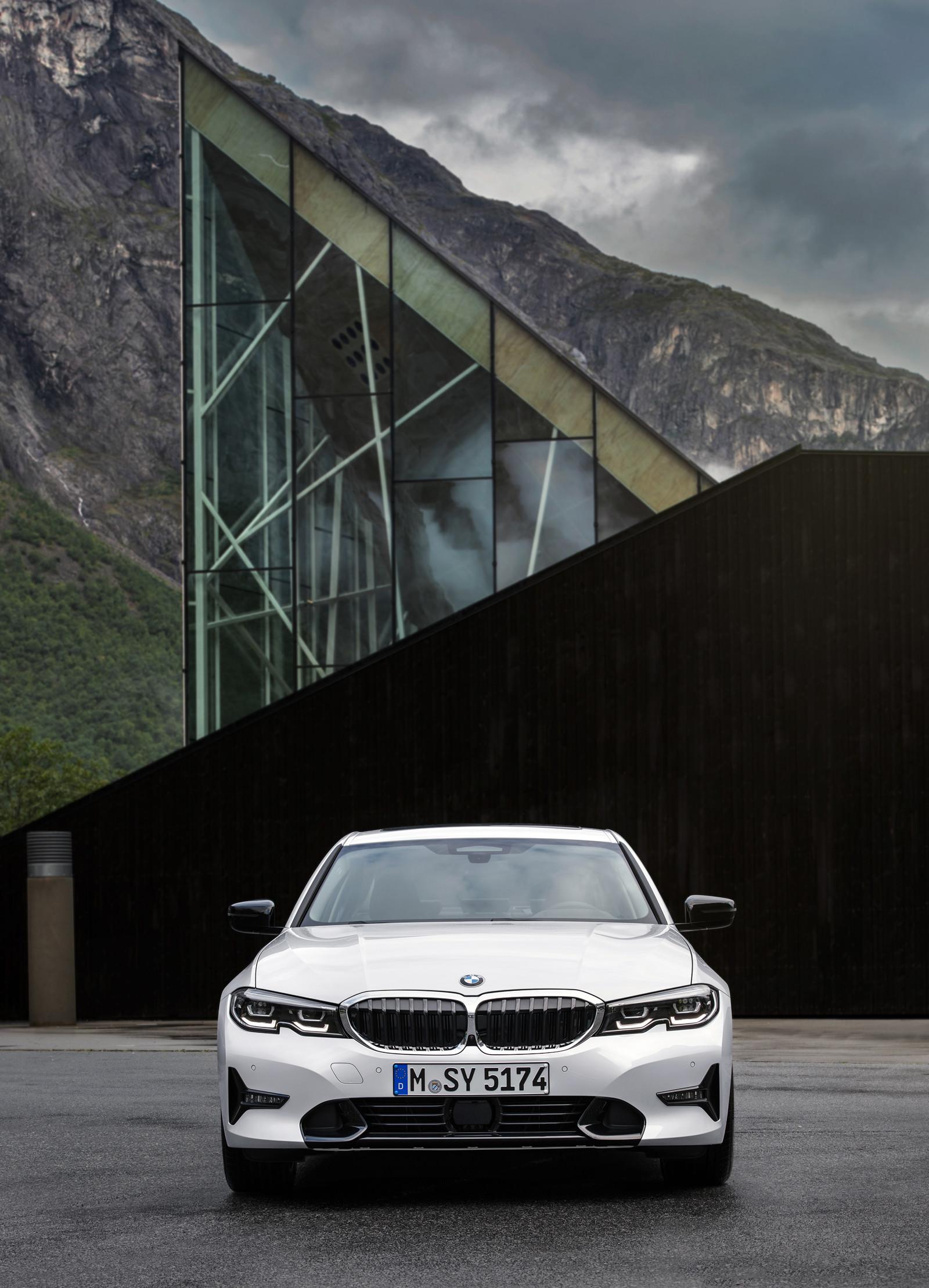 Foto de BMW Serie 3 2019 (61/131)