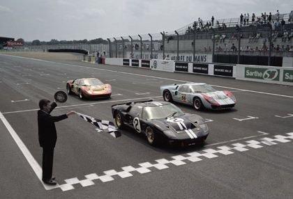Ford reune los tres Ford GT40 Mark II vencedores en el '66