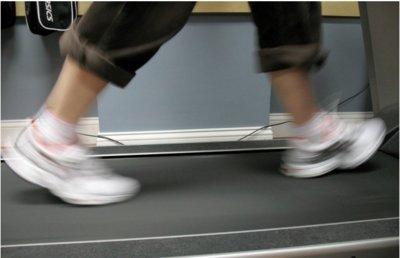 ¿Qué haces para no aburrirte en la cinta de correr?