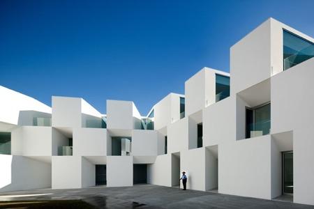 Una residencia para abuelos minimalistas