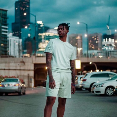 Bermudas y camisetas deportivas para estar cómodo teletrabajando (y con un genial de precio, por supuesto)
