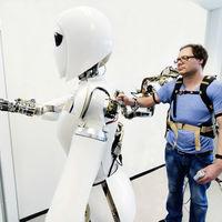 Con este robot no necesitaremos ir al espacio, ya que su operación la haremos desde la Tierra y en tiempo real
